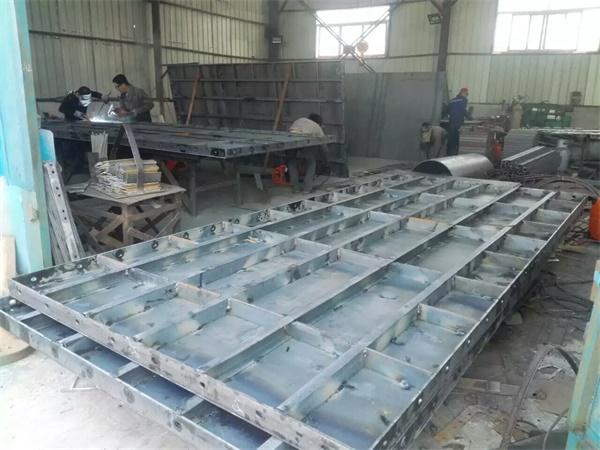 租赁平面钢模板