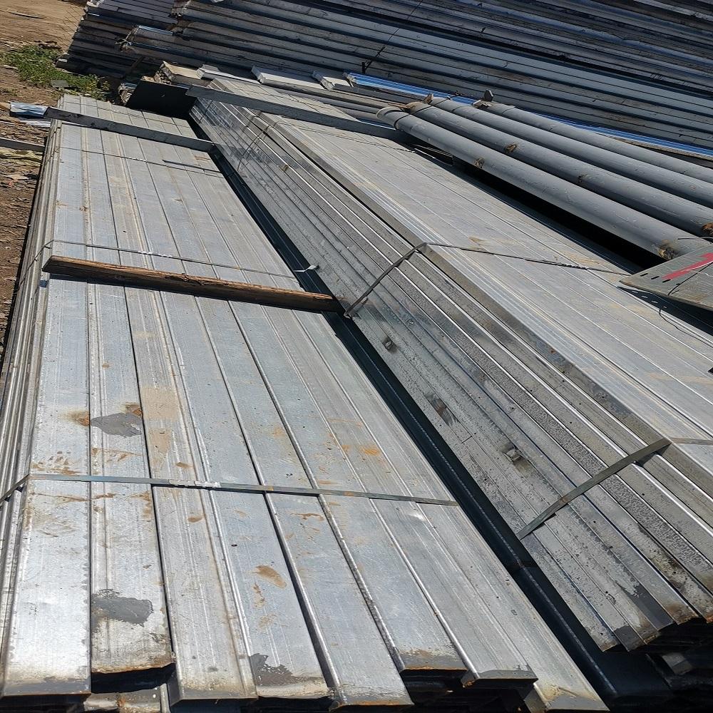 丹东市钢材回收厂家上门回收 铺路板回收
