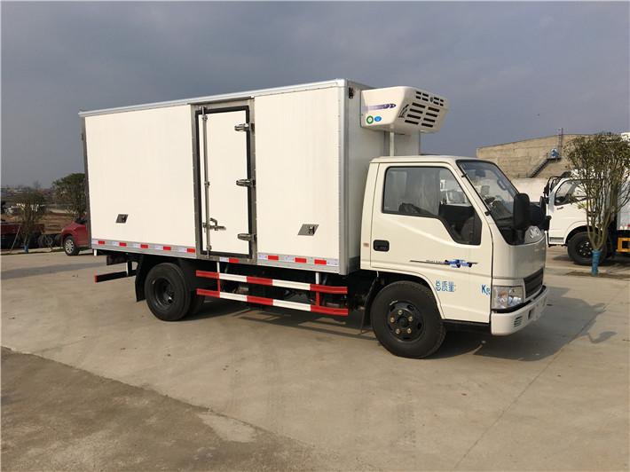 小型冷藏车 江铃顺达9米6冷藏车生产厂家