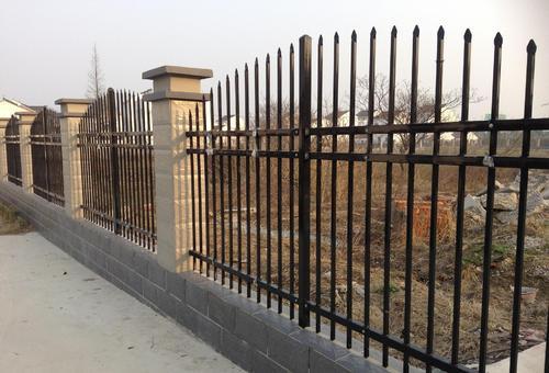 公园锌钢护栏价格