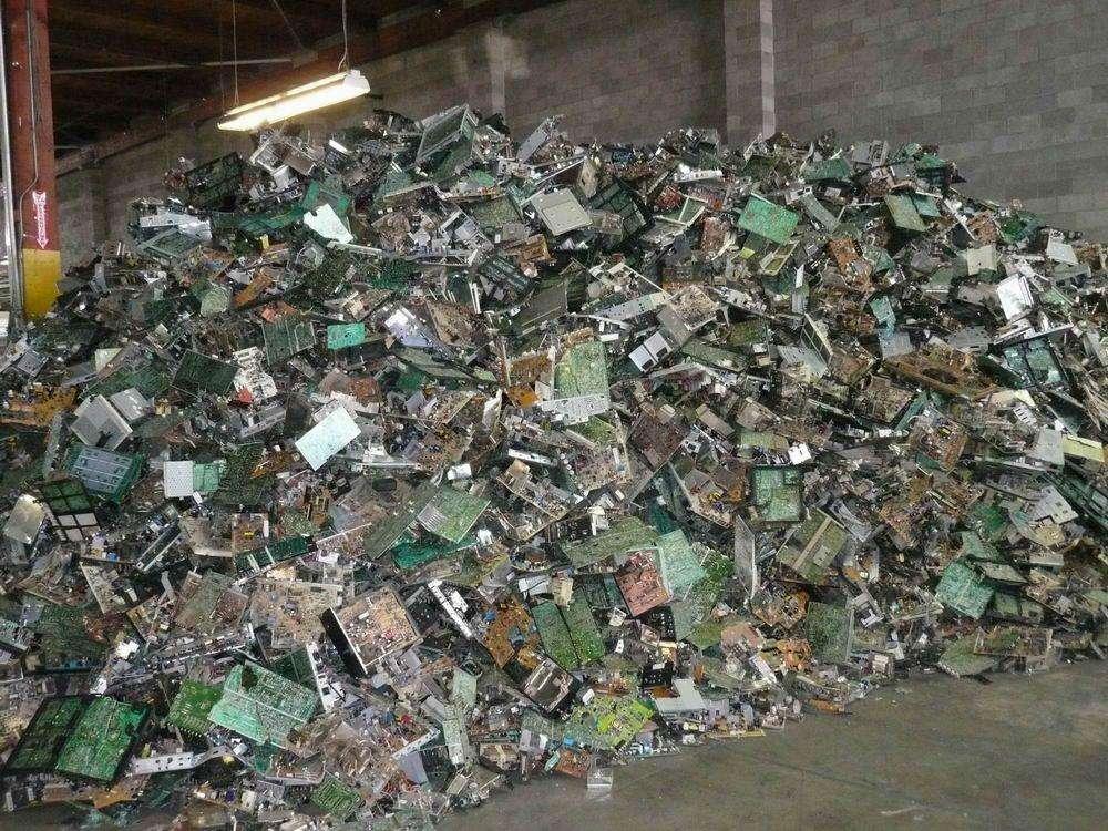 电子产品回收 废旧搬厂电子废料承包