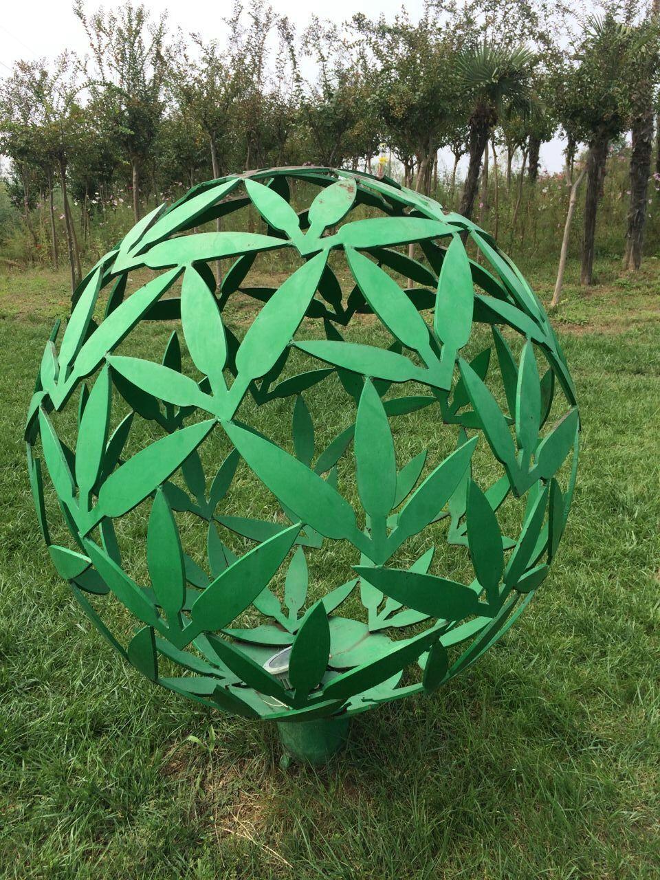 不锈钢镂空球雕塑 大庆不锈钢镂空球雕塑价格计算方法