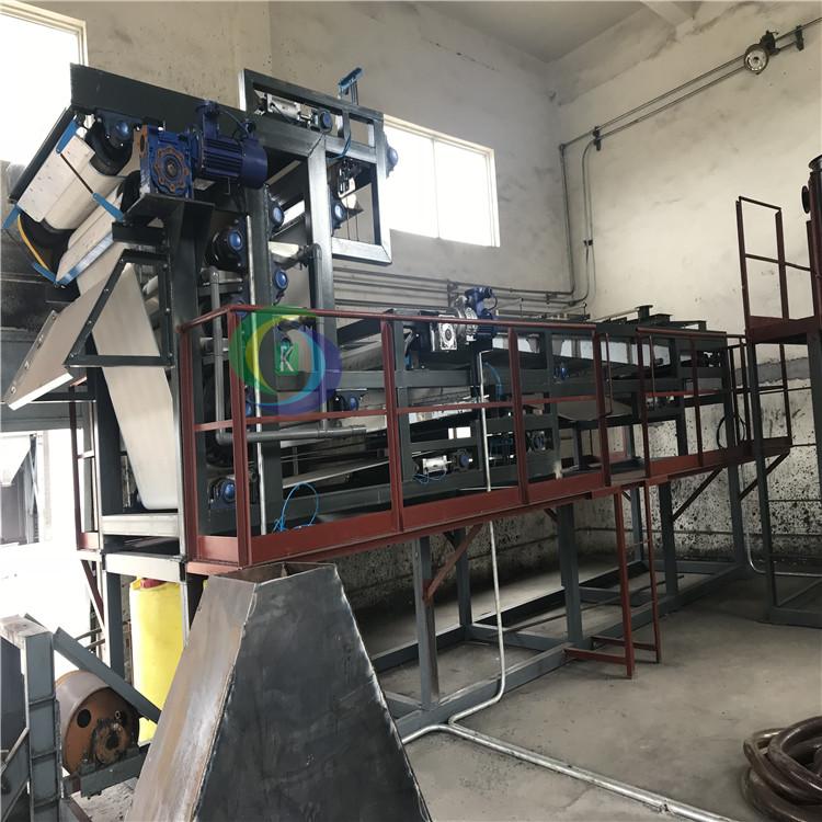真空过滤污泥脱水机设备 山西泥浆脱水机设备山东供应商