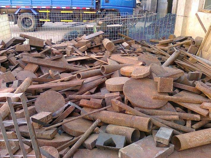回收旧焊接钢管 陕西回收旧钢筋上门估价