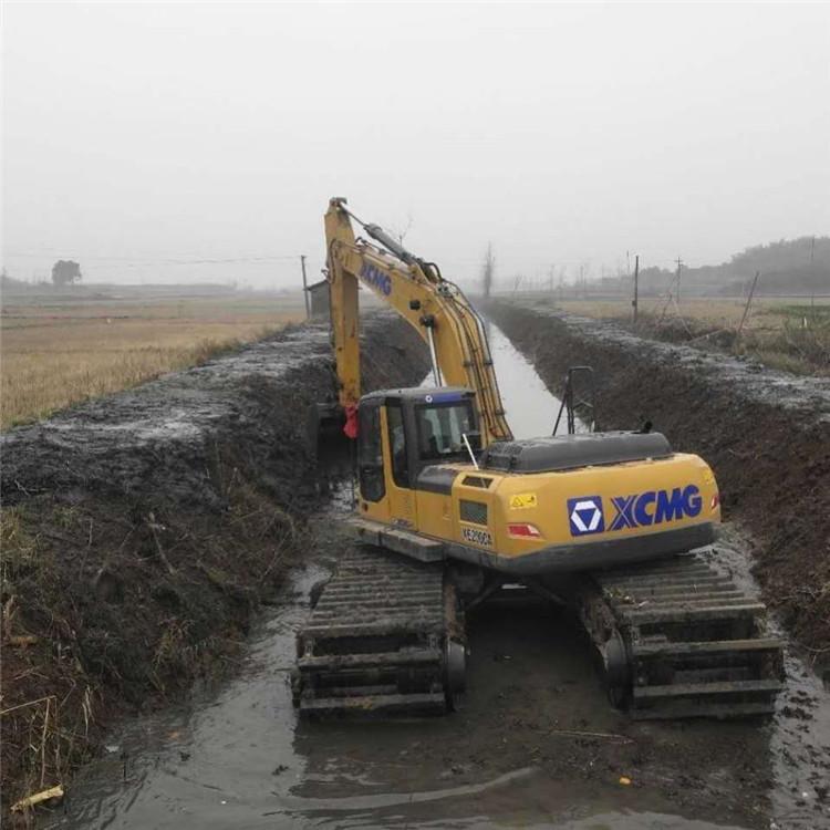 烂泥巴水上挖机出租 海南水上挖机出租费用