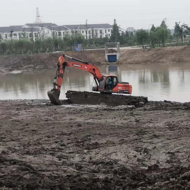 水上挖机租赁 宜春市湿地挖机租赁价格