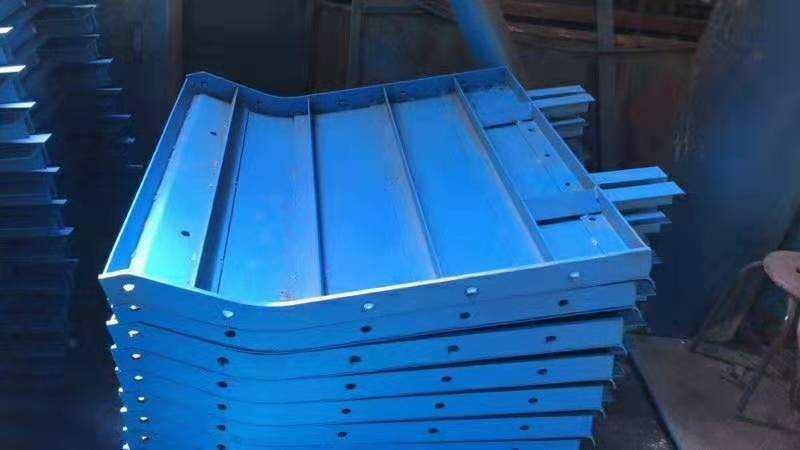 德宏平模鋼模板