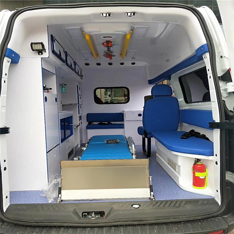 救护车 CLW5033XJHJ5型救护车称为