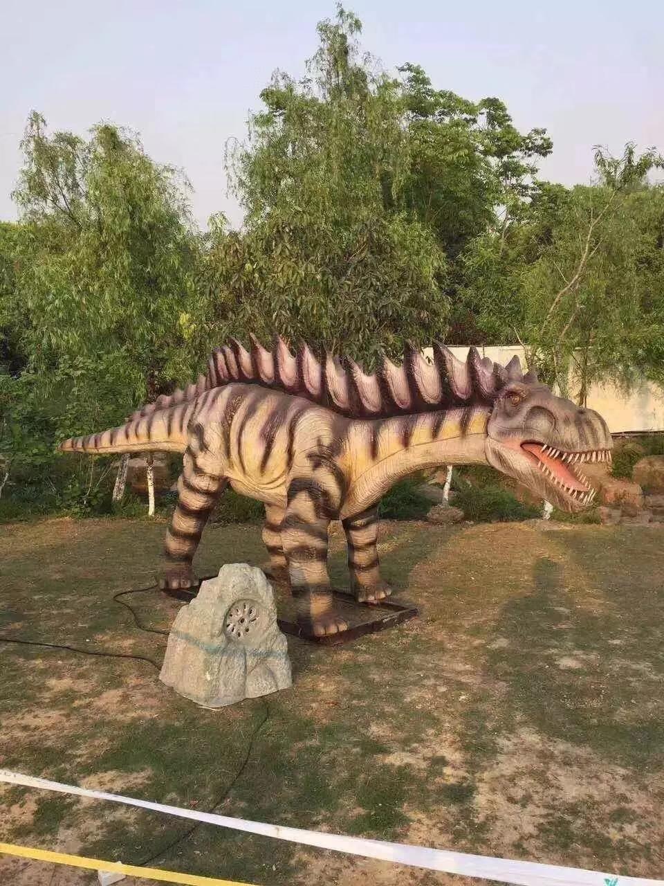 上海商场美陈道具仿真恐龙报价表