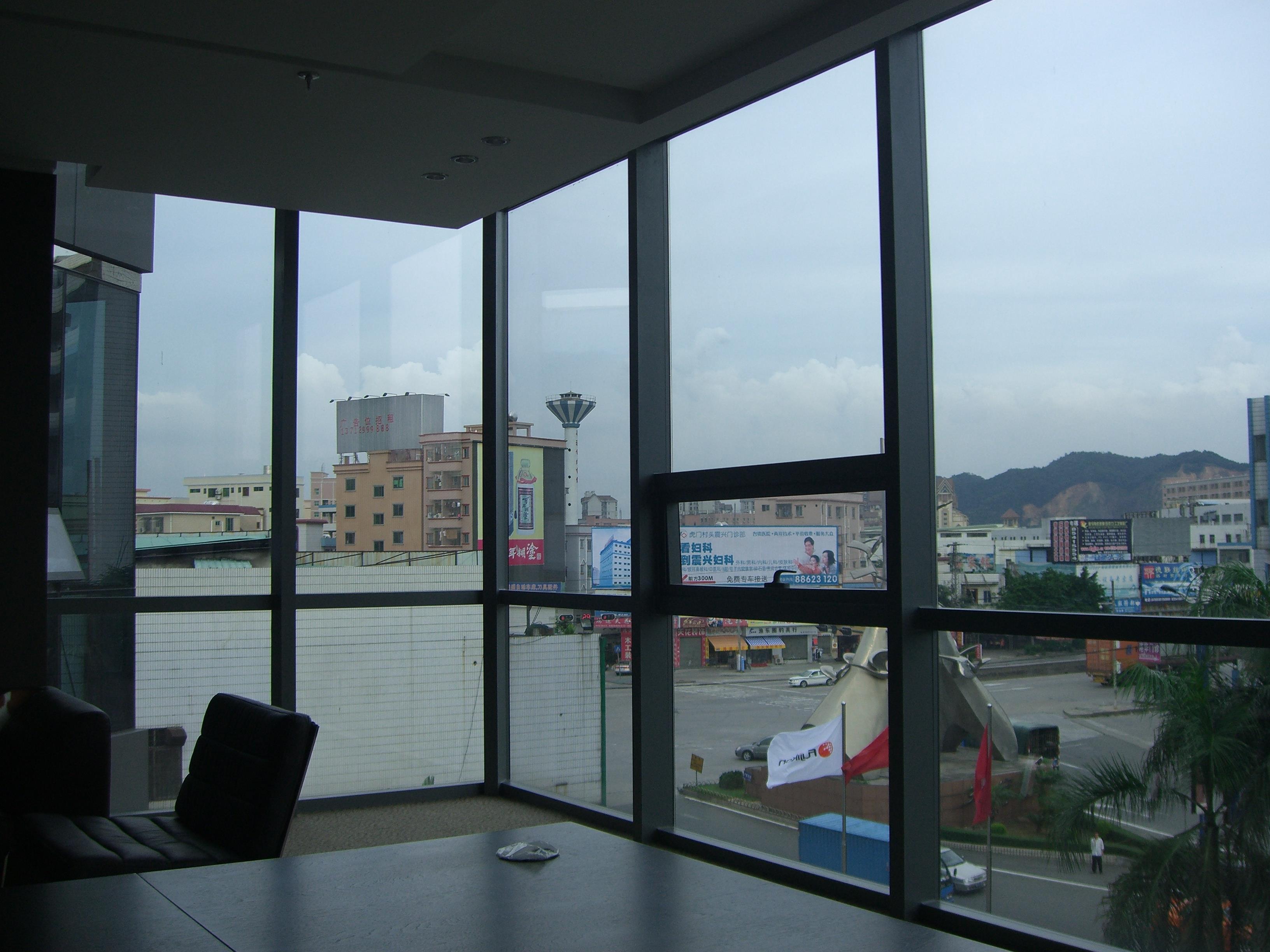 东莞市泰高阳台玻璃屋装饰公司